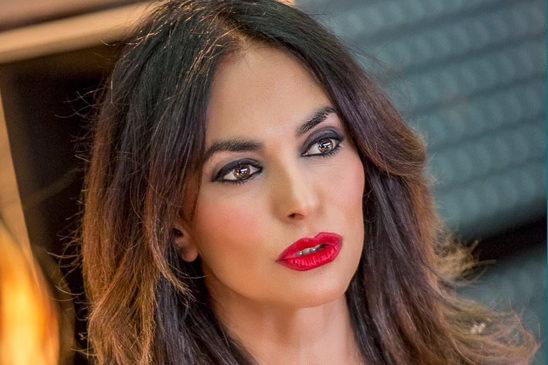 Maria Grazia Cucinotta: Quella donna che non conosce il tempo