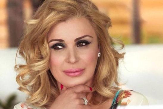 Tina Cipollari : Quella bellezza che non sfiorisce mai