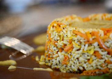 Ciambella di riso integrale basmati con salsa al curry