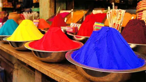 I tre colori fondamentali: giallo, rosso, blu
