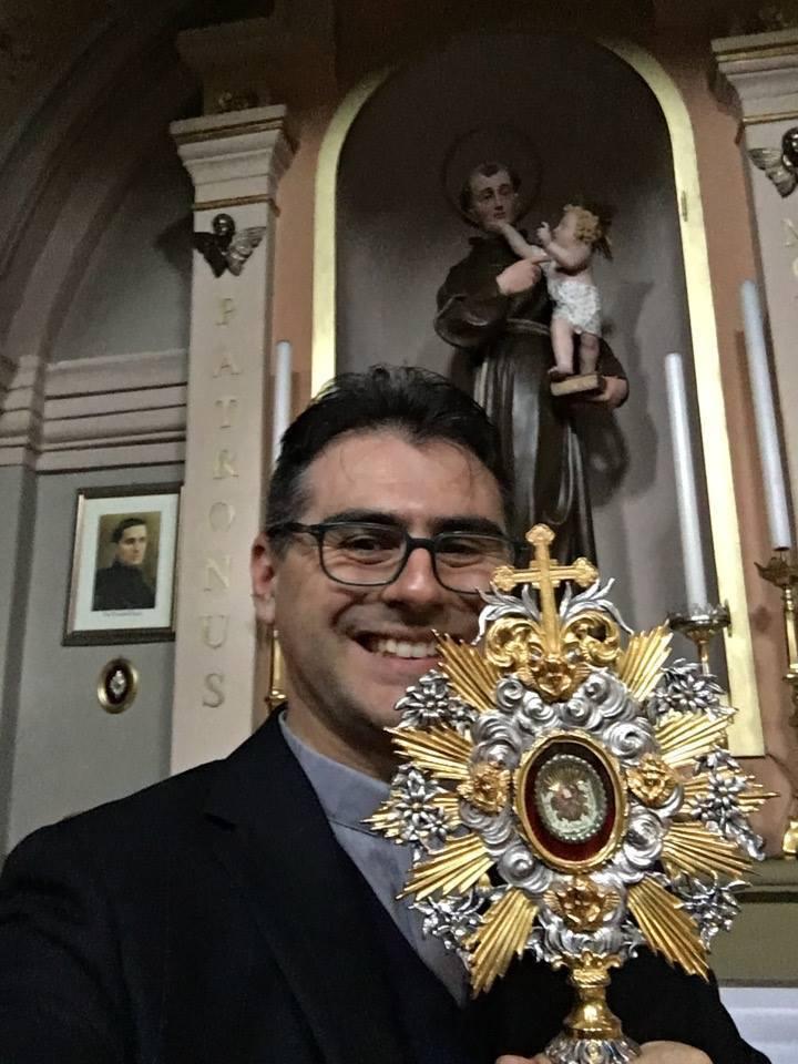 Don Luca Roveda-Da Fatima una luce di speranza con la preghiera