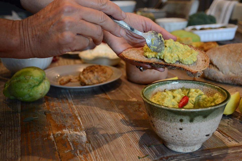 "La nostra cucina- Guacamole a ""modo nostro"""