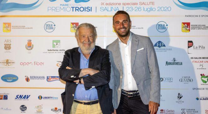 """Pupi Avati ritira il Premio Troisi e annuncia: """"Sto per girare il mio 51°film"""""""