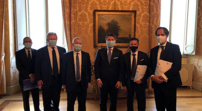 Covid- Conte incontra il presidente di Fipe Stoppani