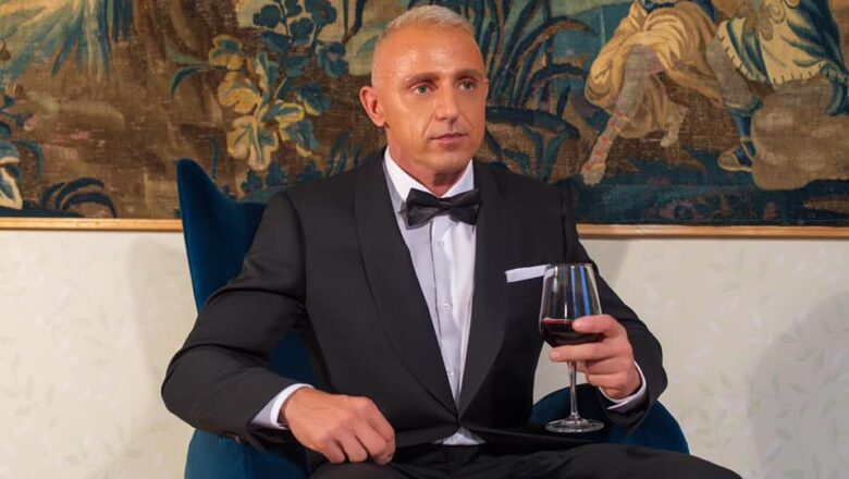 Ivano Cheers- The Show Must Go On!