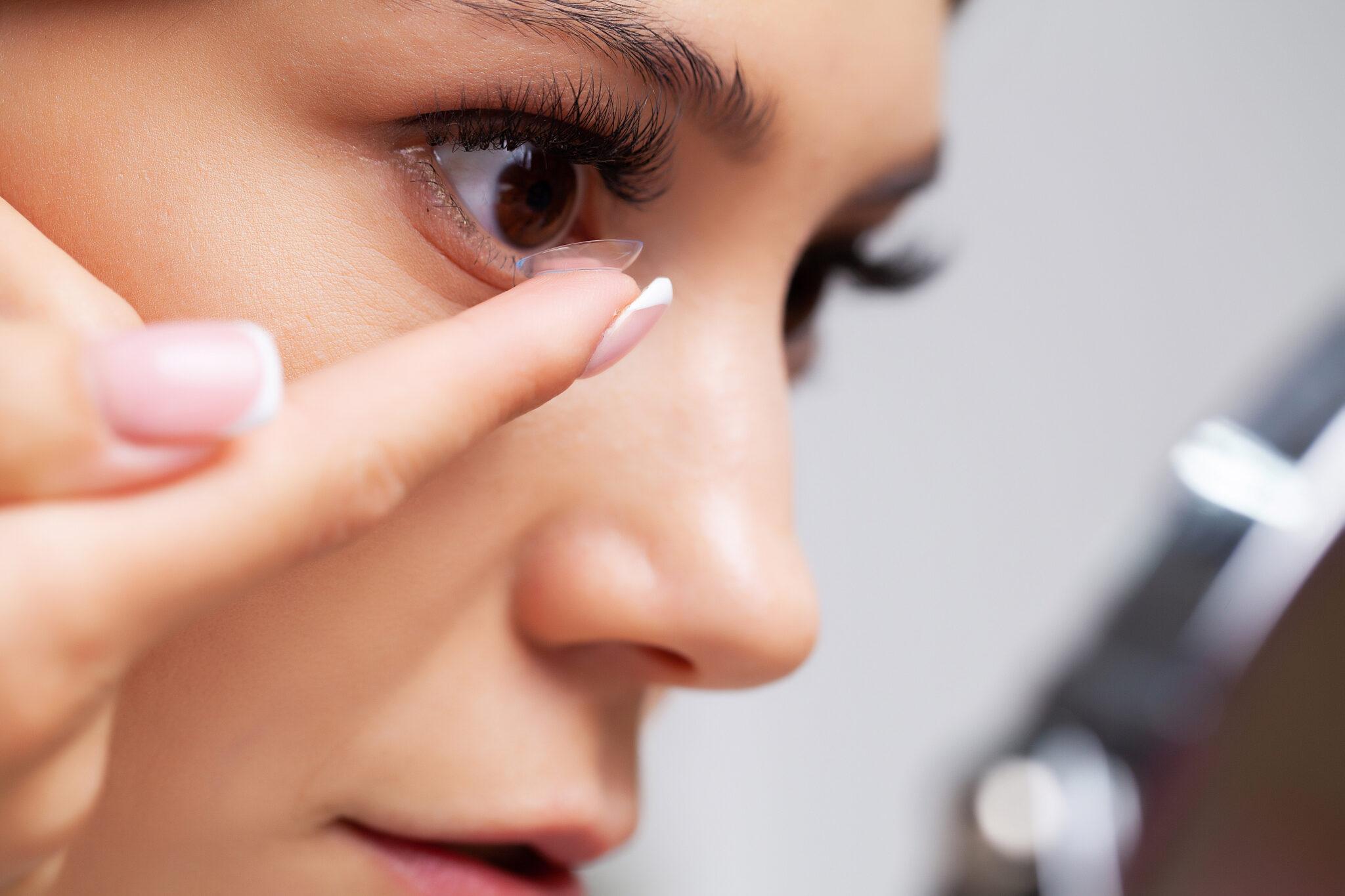 Con la pandemia l'uso delle lenti a contatto è aumentato del 50%