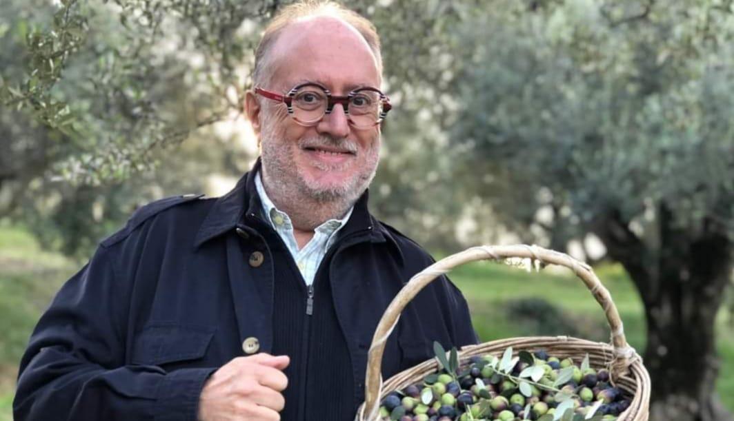 Edoardo Raspelli- Su Canale 5 con Melaverde a Nesente