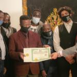 Università Popolare di Milano: 50 mila euro di borse di studio per migranti