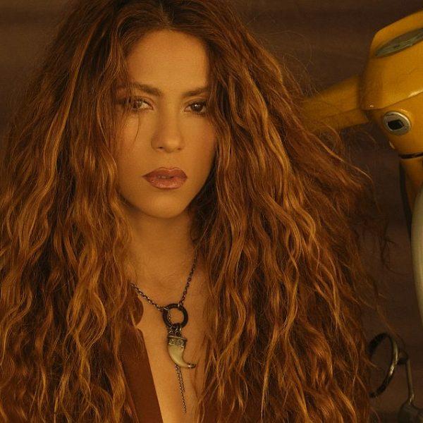 Shakira- Don't Wait Up